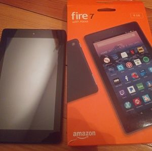 Accessories - Amazon fire 8g tablet EUC